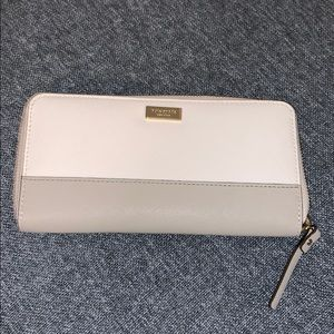 Kate spade newberry lane wallet